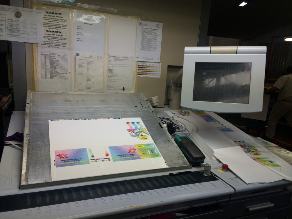 FiZZLeS Counter Display Units Online Colour Pass